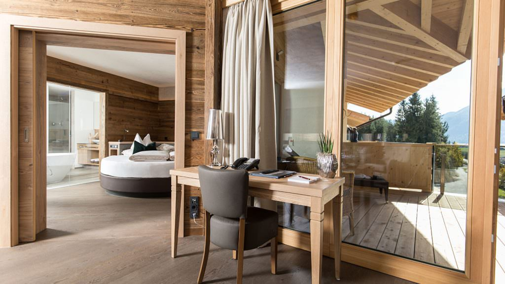 Spa Lodge Suite